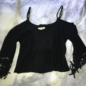 haute society Tops - Cold shoulder, crop style top